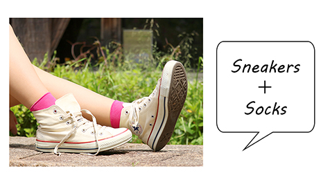 スニーカー+靴下で毎日を楽しもう!の写真